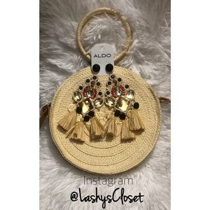 Beautiful pop earrings